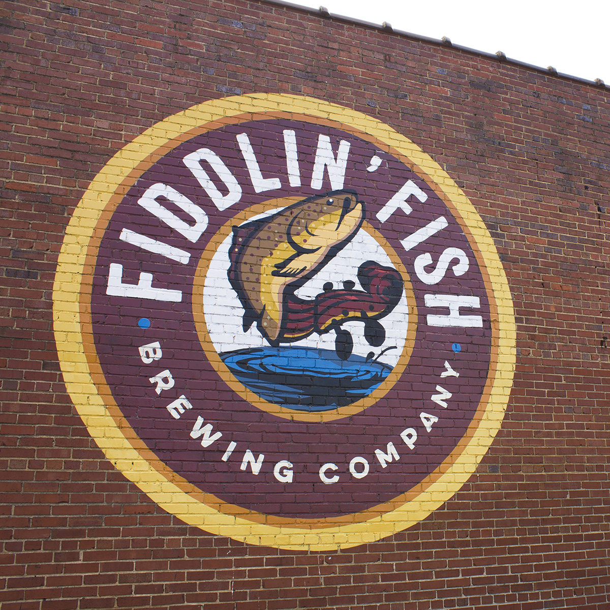 sign-painting-fiddlin-fish.jpg