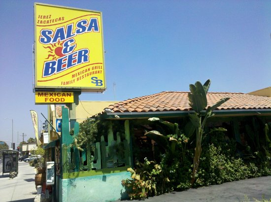 Salsa & Beer - With multiple restaurants located around the valley, this Mexican restaurant is to die for. With large portions at an affordable price, you'll leave with enough leftovers for a second meal and it won't break the bank. If you stop by, go with the famous fajitas and make sure to try their free bean dip!