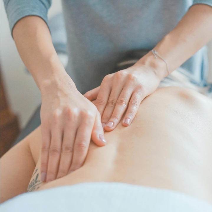 Massage%2C+Nutrition%2C+and+Pain+Relief+at+ET+Chiropractic+in+Newport+Beach.jpg