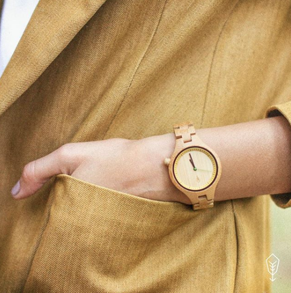 ROBIN WOOD    Bamboo Watches & Sunglasses – For those who love nature & art. Sustainable accessories made of bamboo, hemp & cork with minimalistic and natural design.  Handmade, vegan & supporting eco actions!