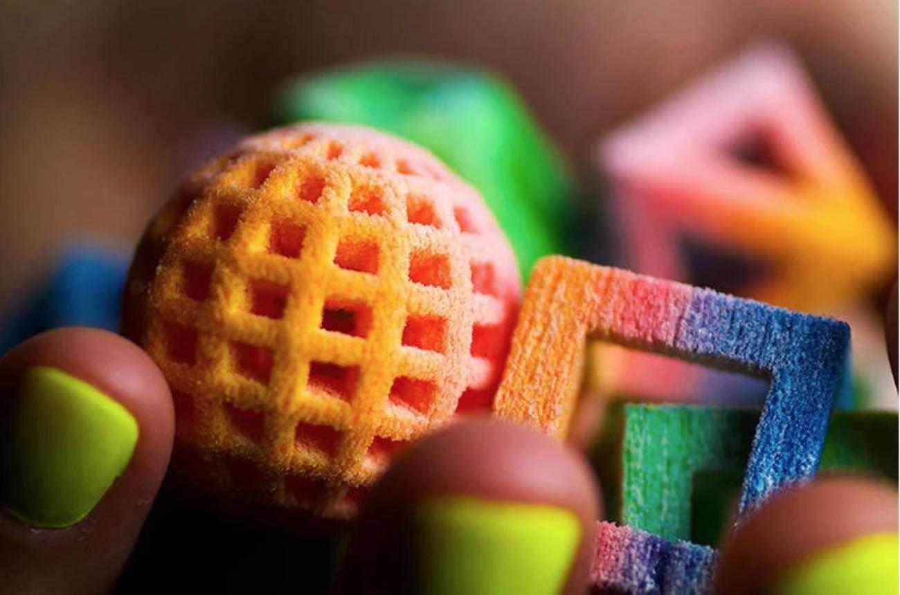 Sugar Lab's 3D printed sugar art! // images via pinimg.com