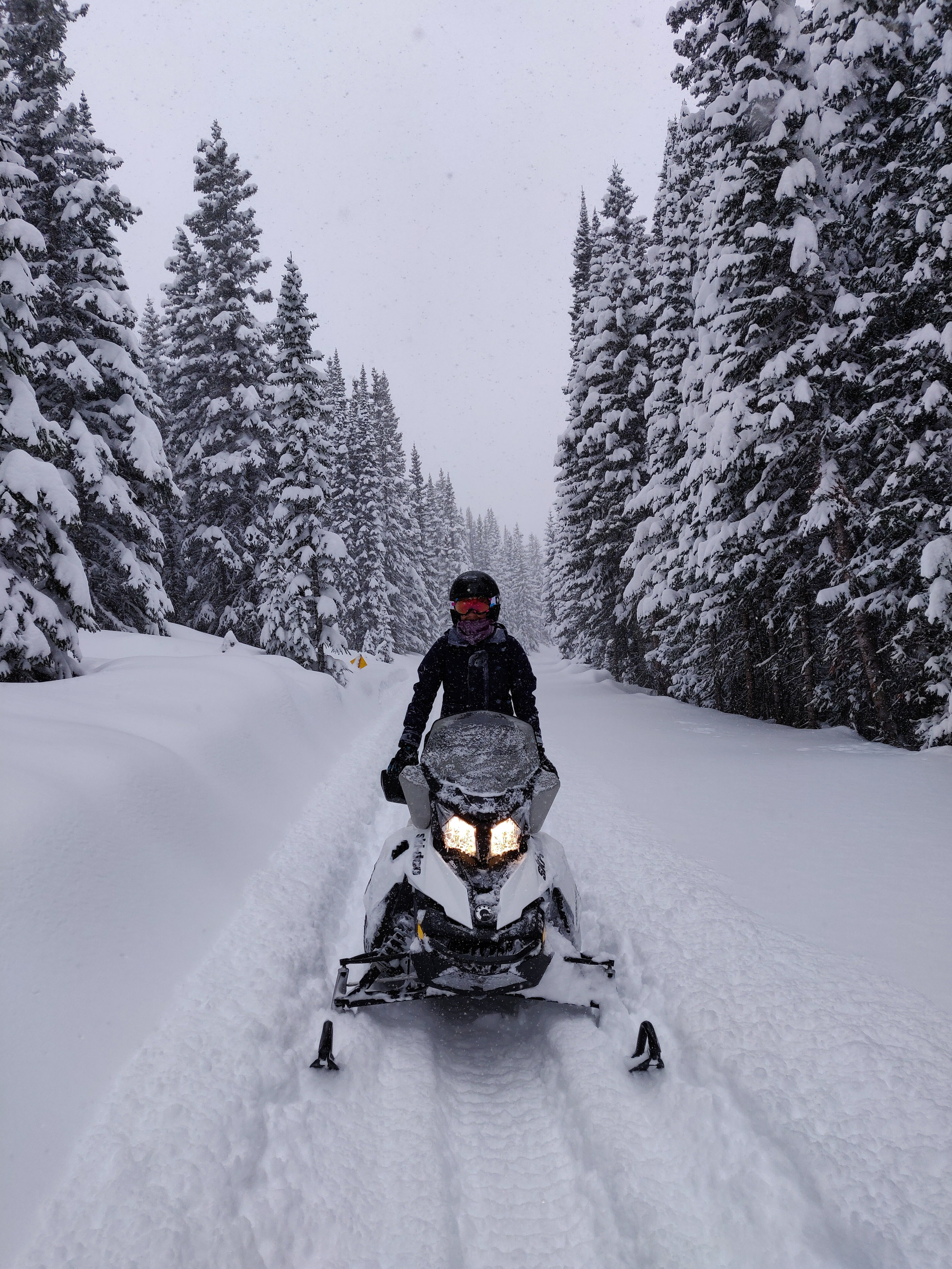 snowmobiling-winter-park-colorado