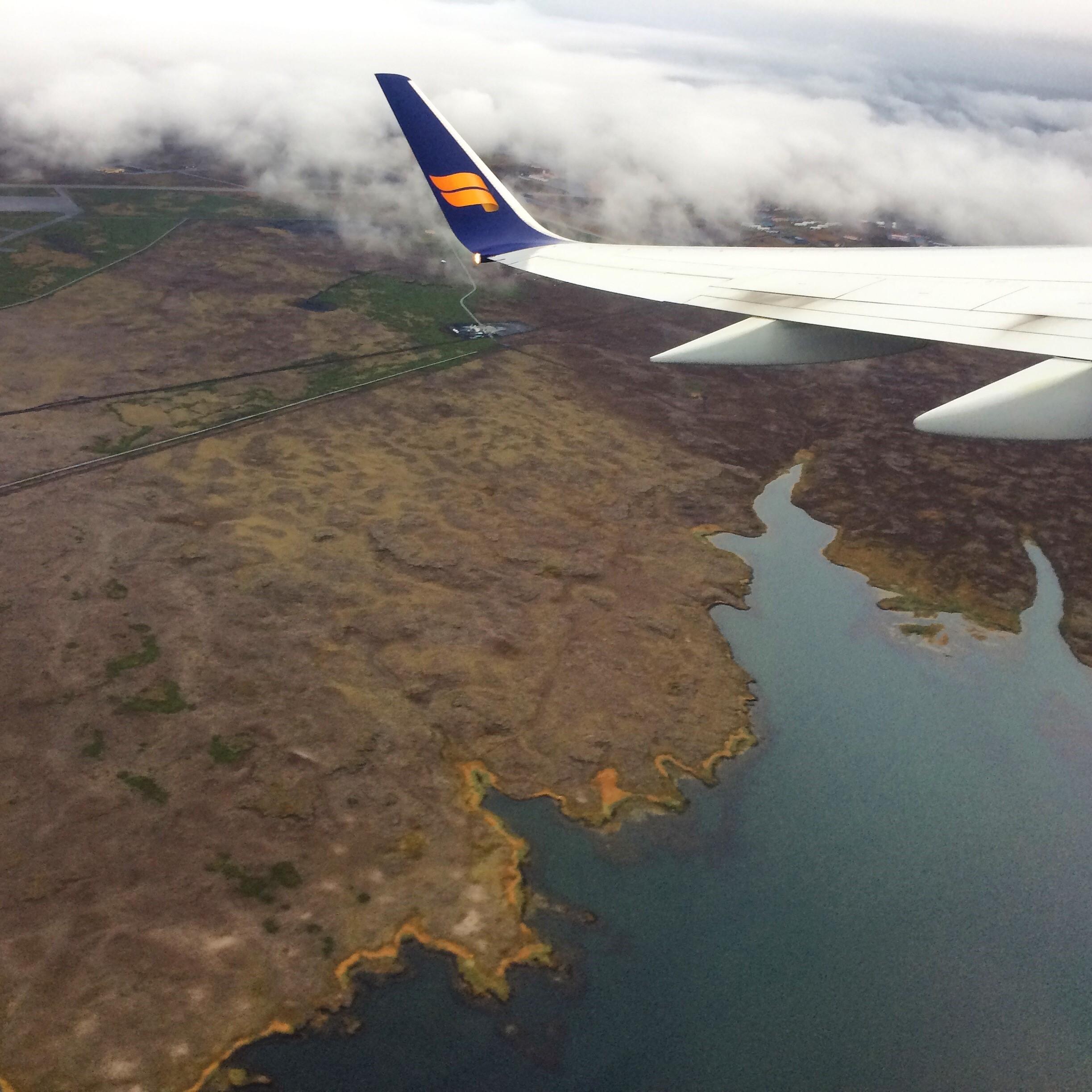 iceland-flight