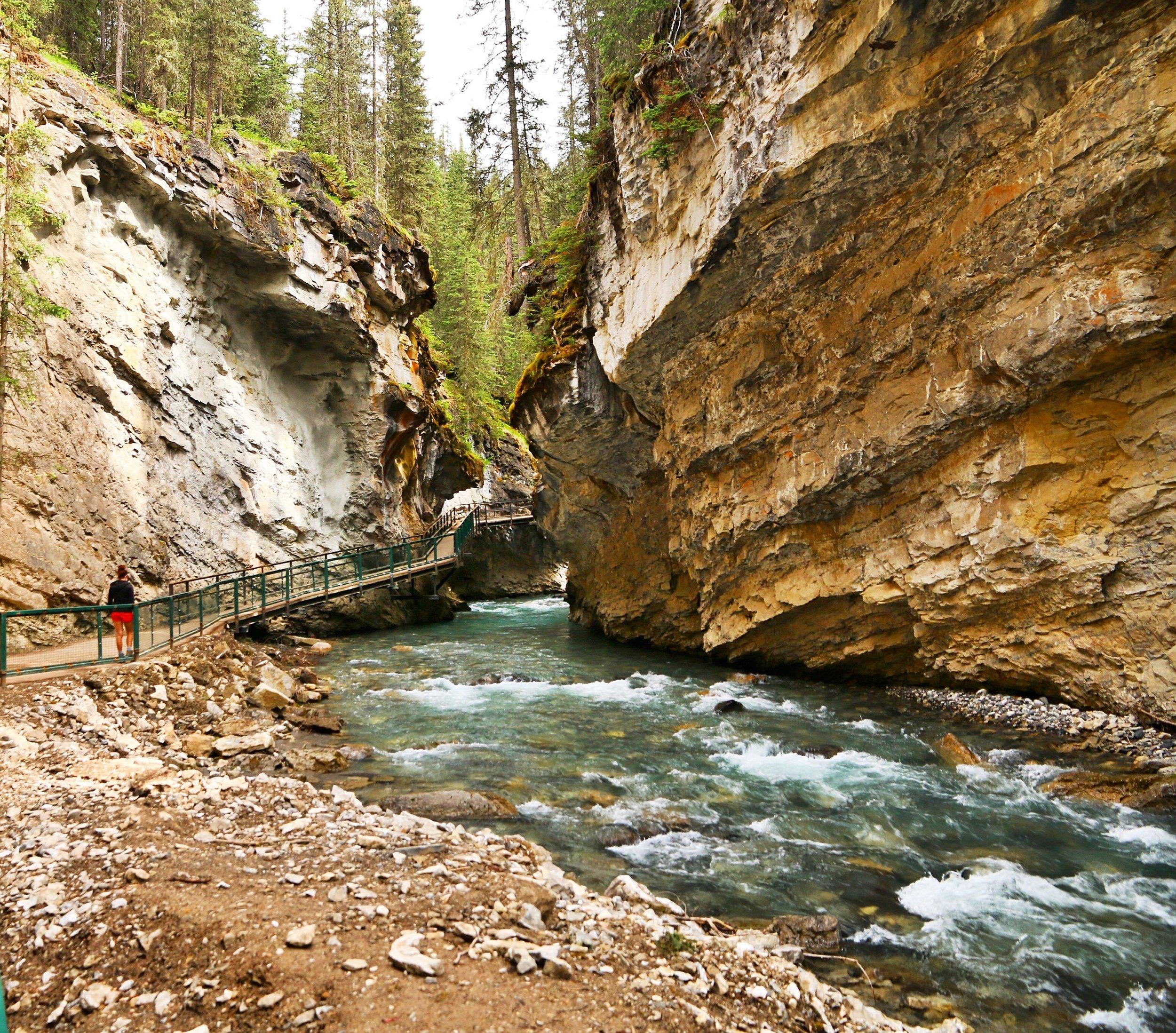 johnson-canyon-canada
