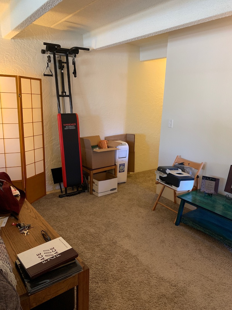 1 Living Room Before1.jpg