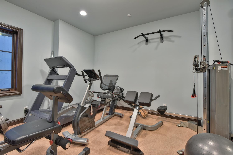 16021 Winterbrook Rd Los Gatos-large-032-017-Fitness Room-1498x1000-72dpi.jpg