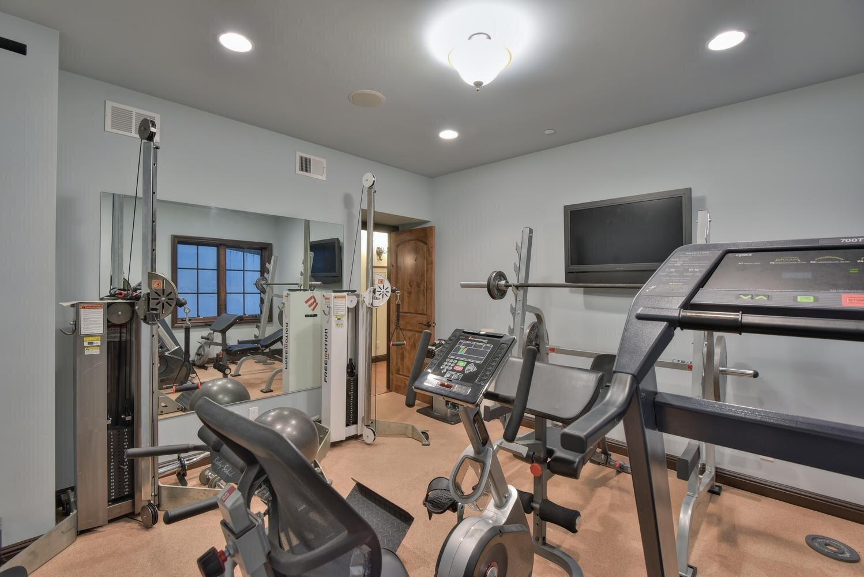 16021 Winterbrook Rd Los Gatos-large-033-027-Fitness Room View-1499x1000-72dpi.jpg