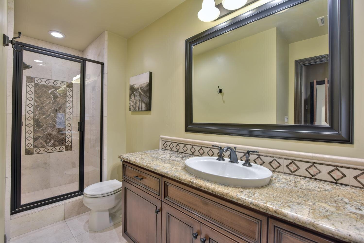 16021 Winterbrook Rd Los Gatos-large-041-033-Bathroom Two-1500x1000-72dpi.jpg