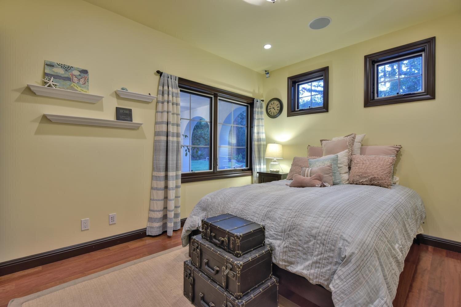16021 Winterbrook Rd Los Gatos-large-043-038-Bedroom Four-1500x1000-72dpi.jpg