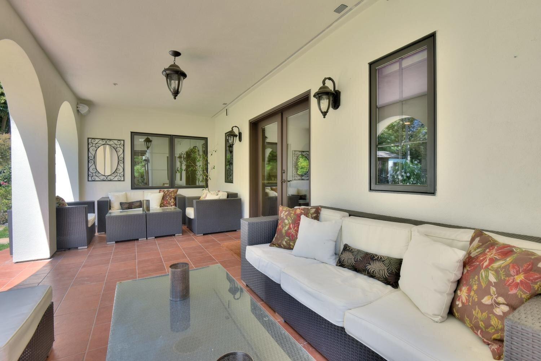16021 Winterbrook Rd Los Gatos-large-068-070-Backyard Lounge Area-1500x1000-72dpi.jpg