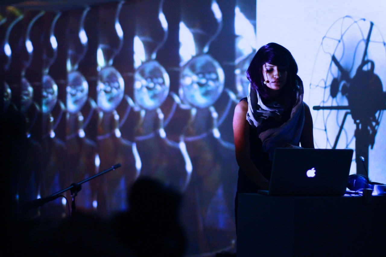 Spinning Four, 2012 Live AV Performance -2.jpg