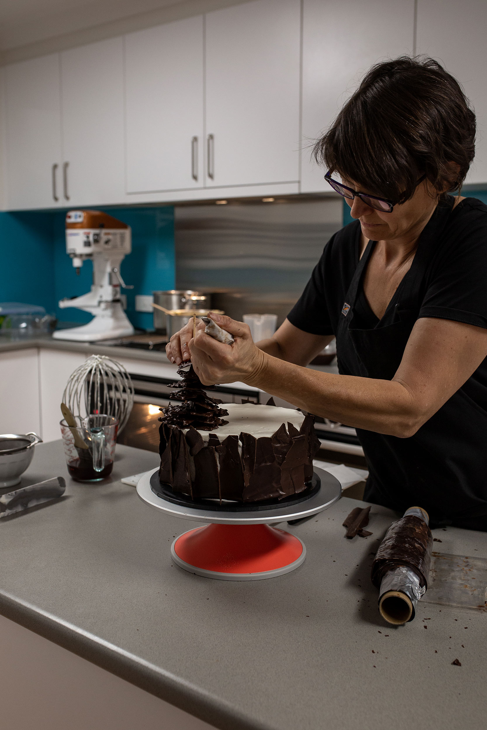 glft-nadine-cake-queen-custom-celebratory-cake.jpg