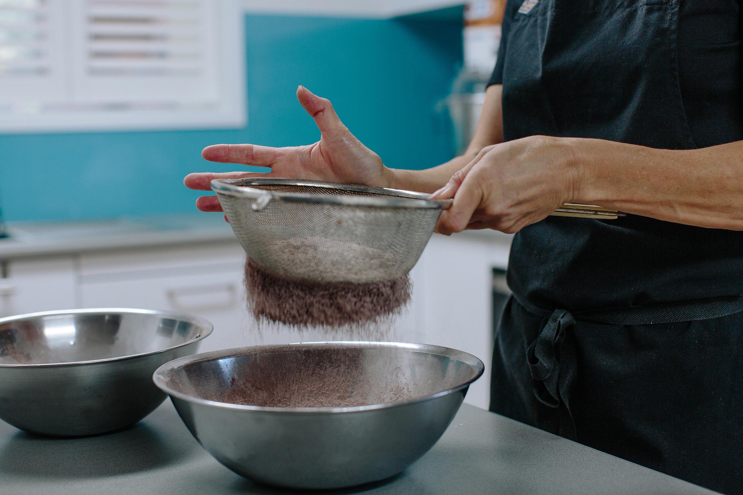 glft-nadine-cake-queen-local-cake-creation.jpg
