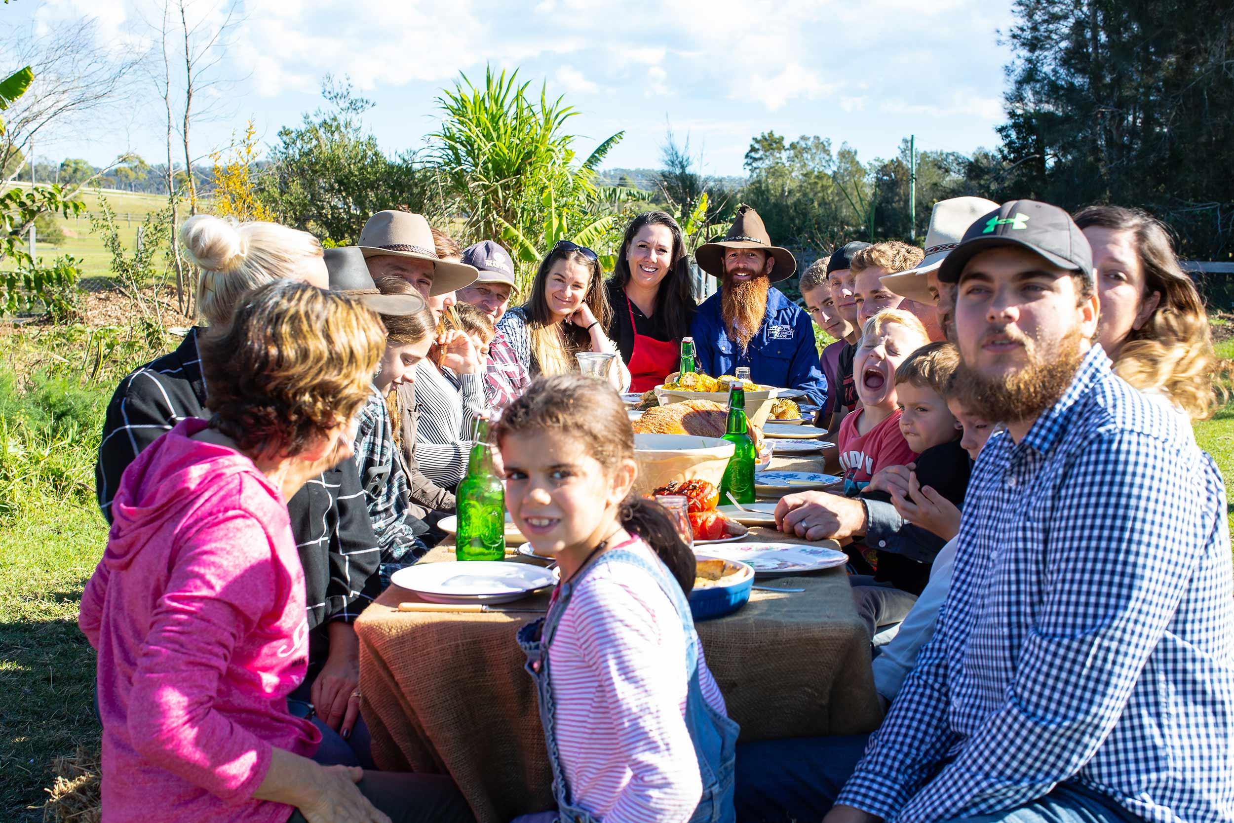 great-lakes-food-trail-long-table-farm-family.jpg