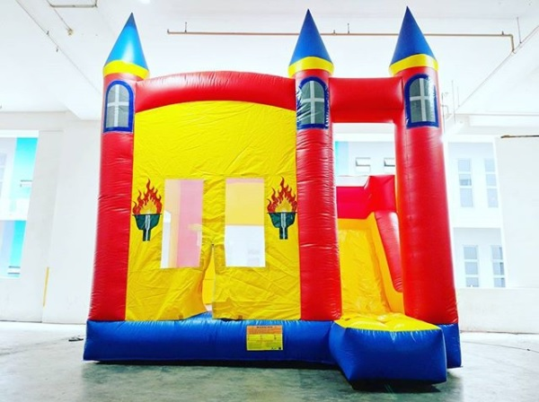 Worried about your birthday party? we provide services like: chair rentals,water slides,cotton candies,concession machines,obstacle course and lots more for your block parties. At active interactions,our goal is to make you happy.   Size:L450 x B700 x H510cm
