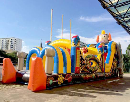 Every child wants to be treated like royalty during their birthday party. At active interactions, we can turn their play area into a mini castle, With our castle themed bouncers and colorful ball pit. Our party rental services are top class and highly recommended,with a track recorded that speaks for itself.   Size: L1000 x B380 x H490cm