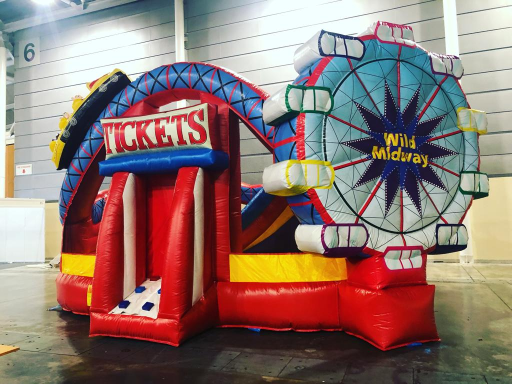 We specialize in birthday party,office event,carnival and family fun day rental and planning.contact us for rentals of bouncy castles,ball pond,obstacle course,safety mats,popcorn machines,carnival stalls,carnival games like shoot the duck,ring toss and darts.our services are unique and affordable   Size: L700 x B600 x H400cm