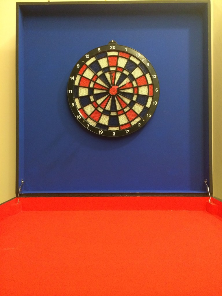 Test your dart abilities and see if you can hit the bullseye and prove that you're the best darts player at the carnival!