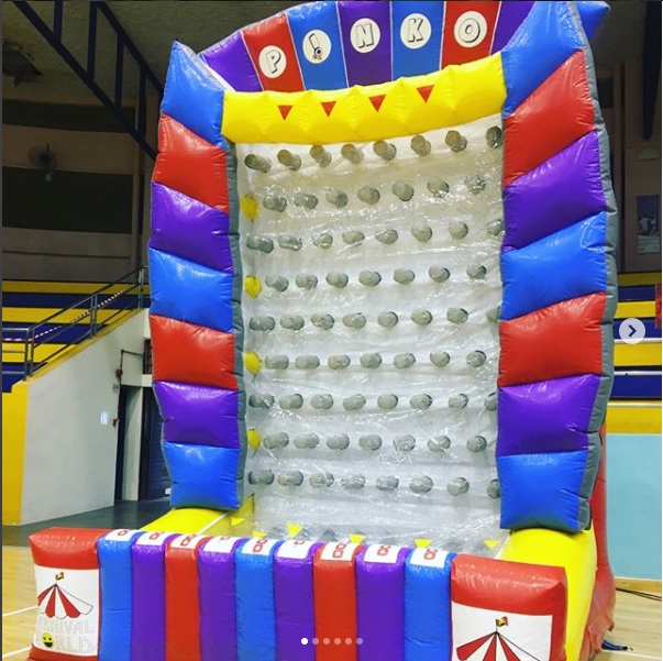Play this wonderful inflatable game! Enjoy yourself with each time spent here