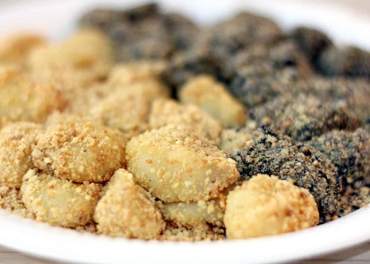 hougang-muah-chee-peanut-black-sesame-1300x929.jpg