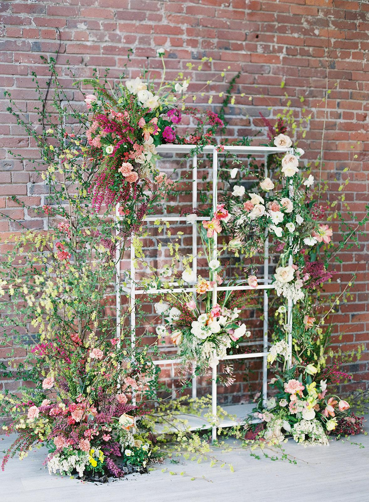 portland-wedding-floral-installation