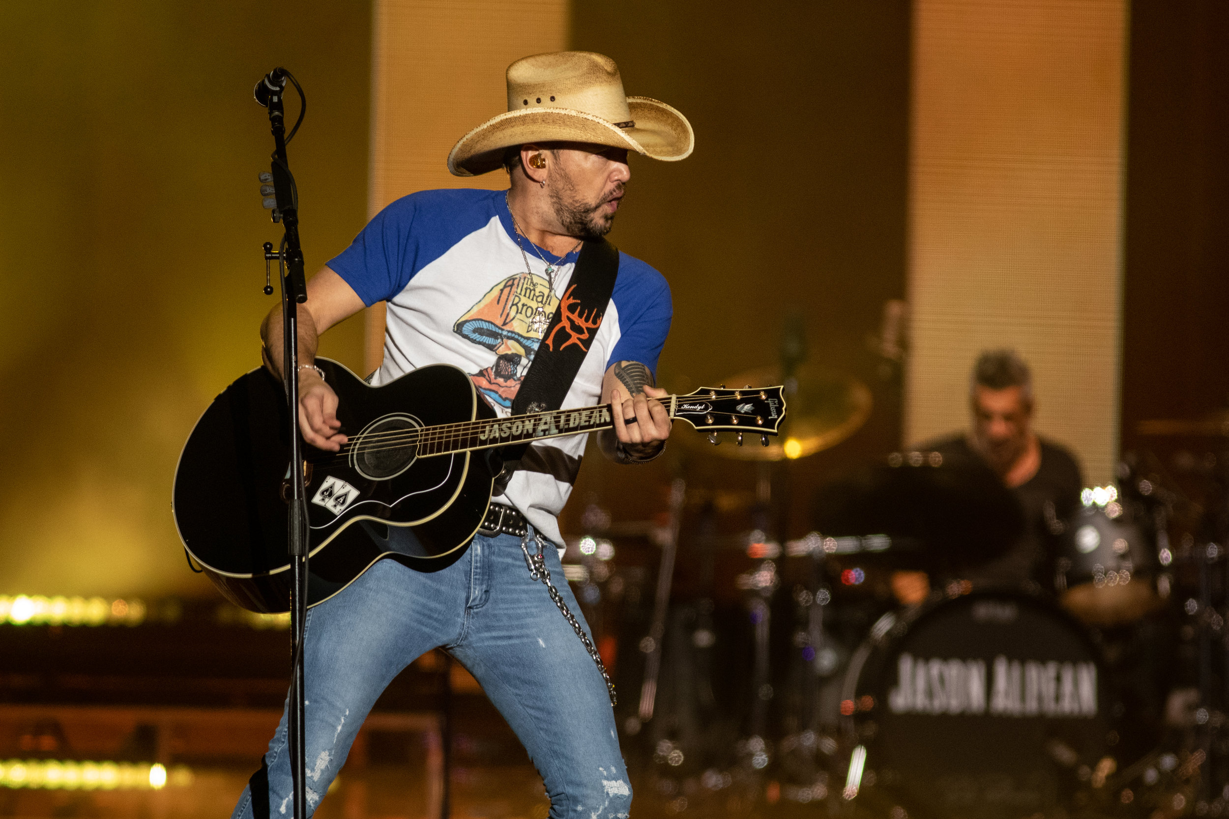Jason Aldean - April 12, 2019 (83).jpg