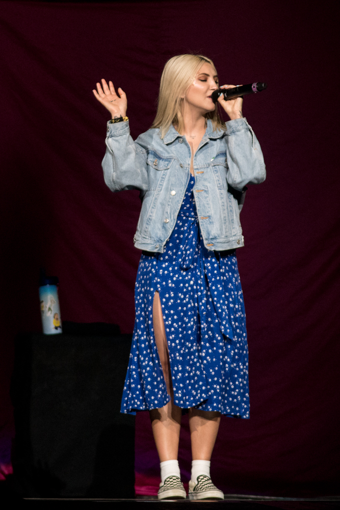 Julia Michaels - May 11, 2019 (220).jpg