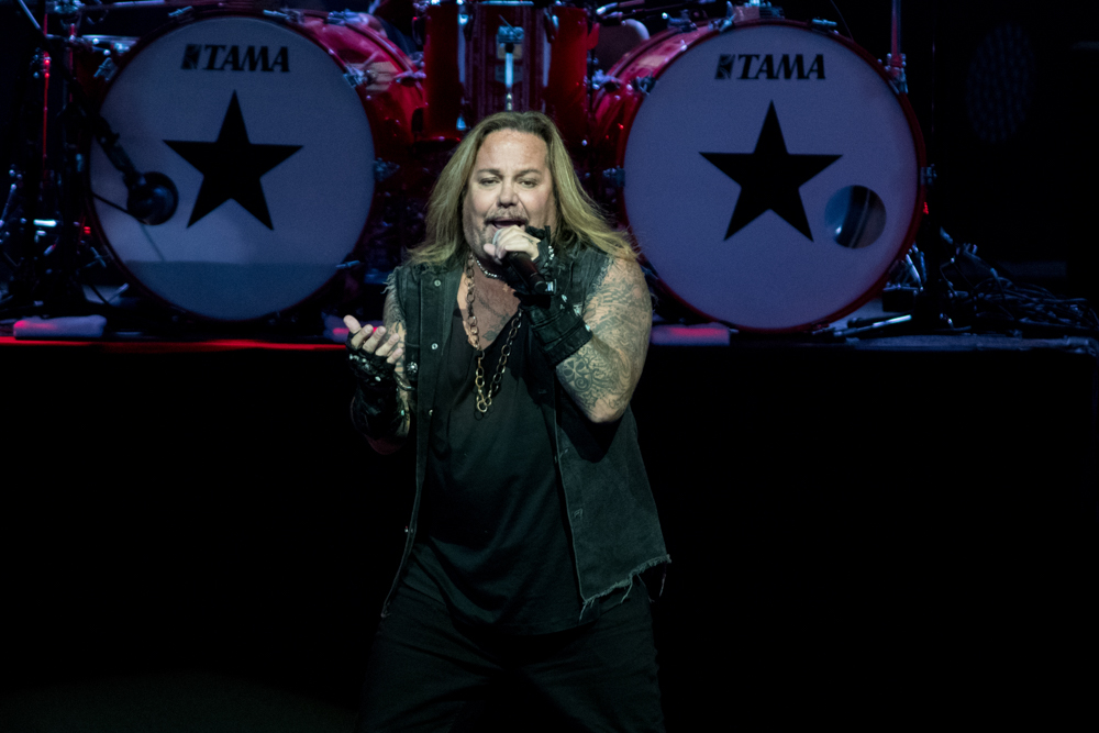 Vince Neil - May 20, 2019 (115).jpg