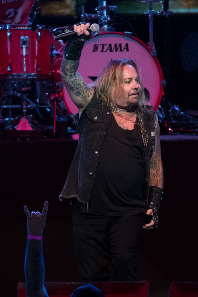 Vince Neil - May 20, 2019 (272).jpg