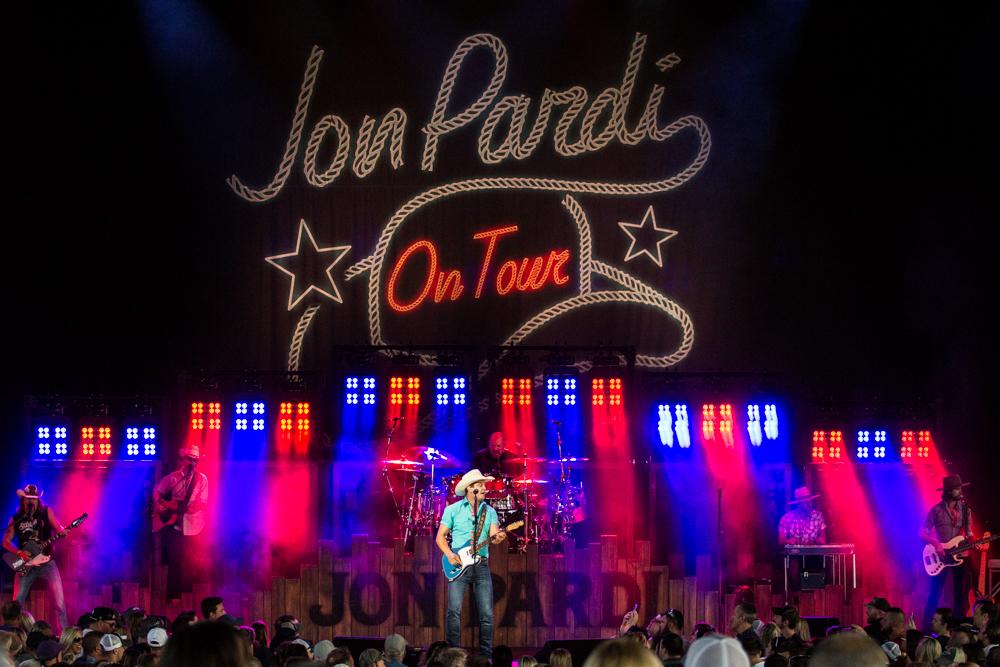 Jon Pardi - May 30, 2019 (336).jpg
