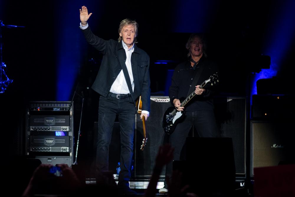 Paul McCartney - June 3, 2019 (24).jpg