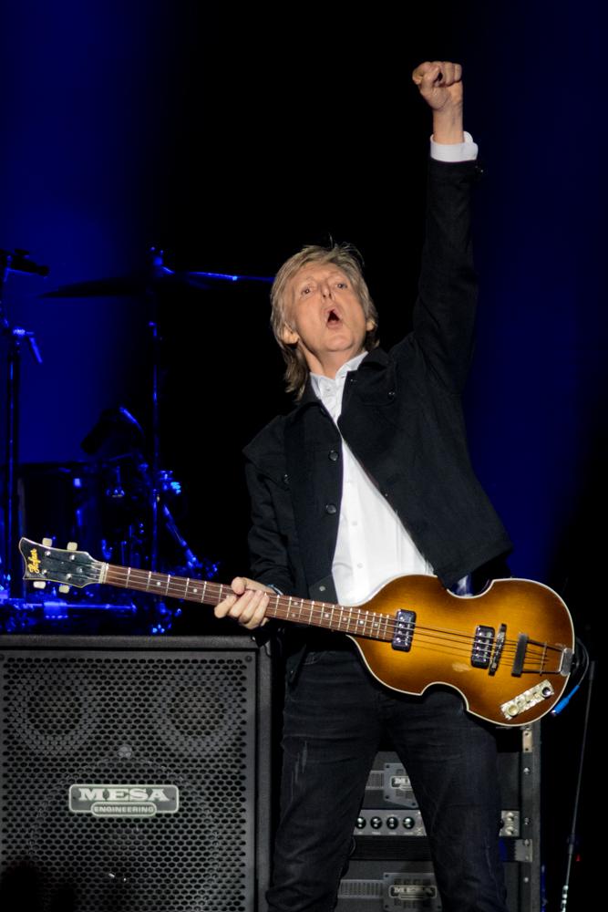 Paul McCartney - June 3, 2019 (30).jpg