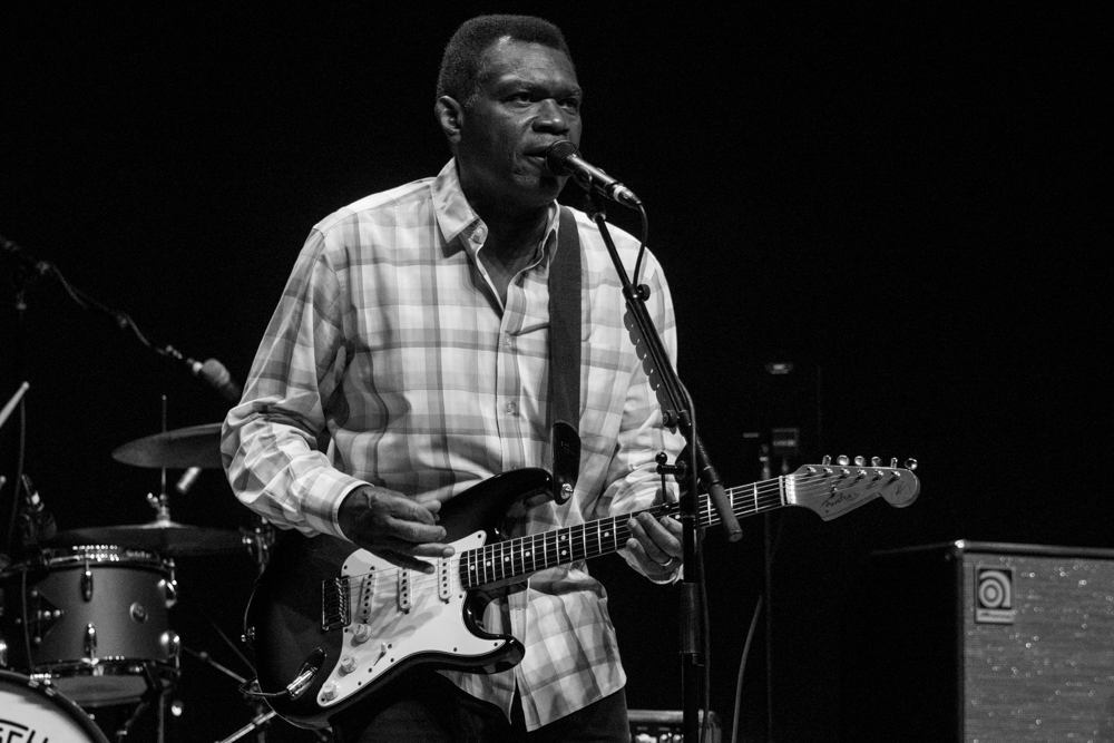 Robert Cray - June 19, 2019 (33).jpg