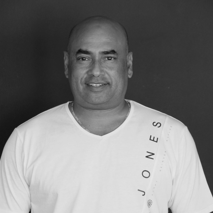 Delton Alexander - Delton has been working in the textile manufacturing industry for 25 years and brings a wealth of experience to our production team. He holds a Diploma in textile technology. Being highly motivated, Delton has recently taken up kitesurfing.