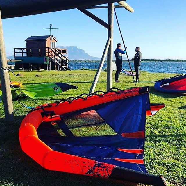 What a fun and productive weekend with the new HAWK wing!!! Cape Town will never be the same again!! #hawk2020 #ullmankiteboarding #innovation #wingsurfing #wing #capetownmade