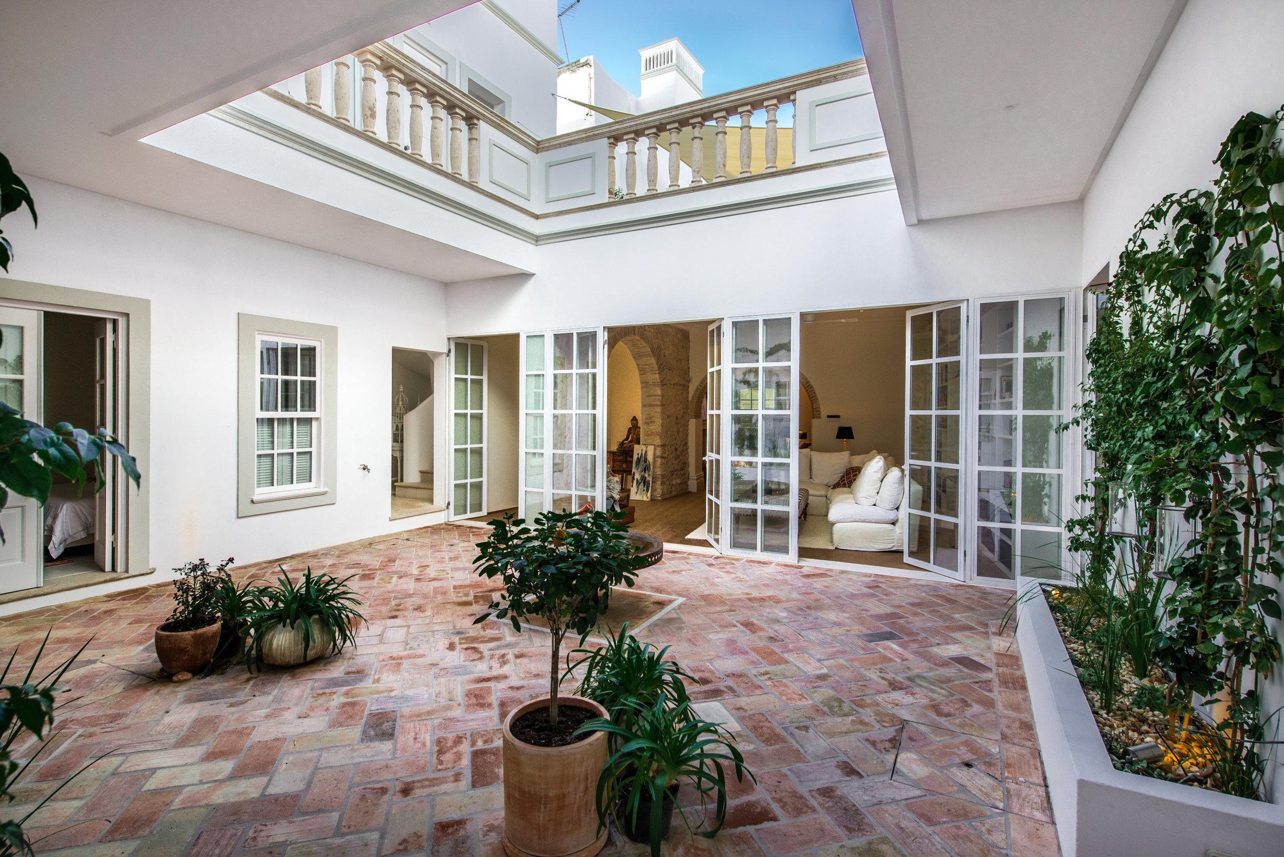 courtyard - Casa Fuzetta (184).jpg