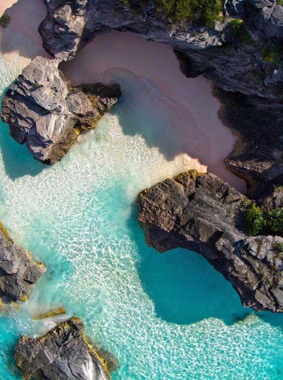 wanderlust_cabinet_landscape_beach_2.png