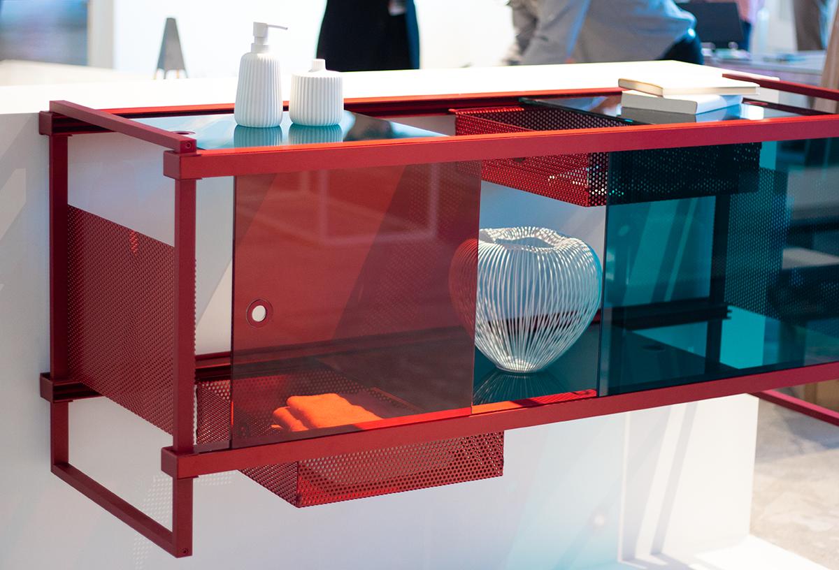 wanderlust_cabinet_discoverer_red_modular_designer_leandra-eibl_ventura_future_salone_del_mobile_expo_2019_4.png