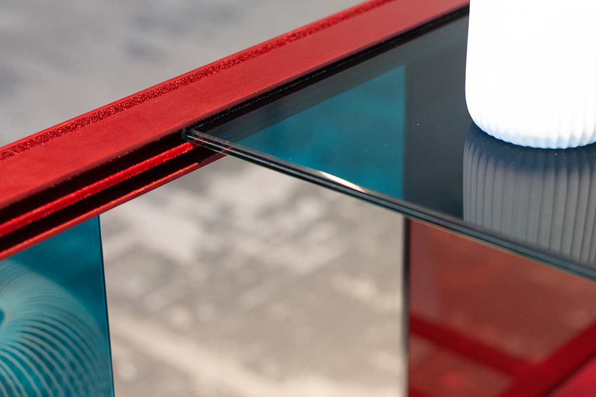 wanderlust_cabinet_discoverer_red_modular_mesh_detail_designer_leandra-eibl_ventura_future_salone_del_mobile_expo_2019.png