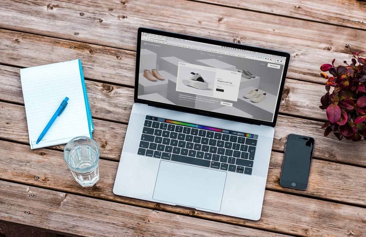 Notebook computer screen
