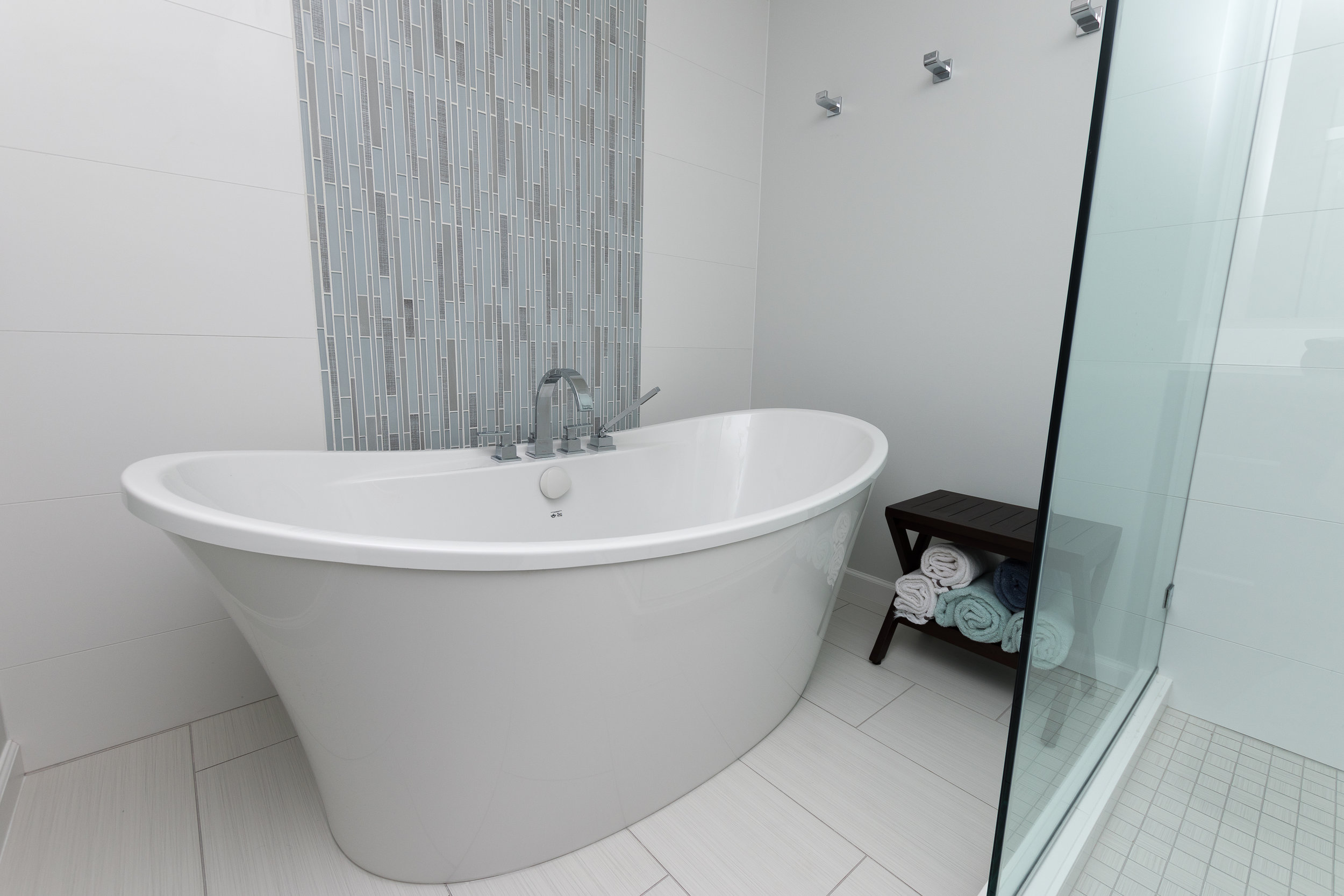 Washington's Landing Bath -