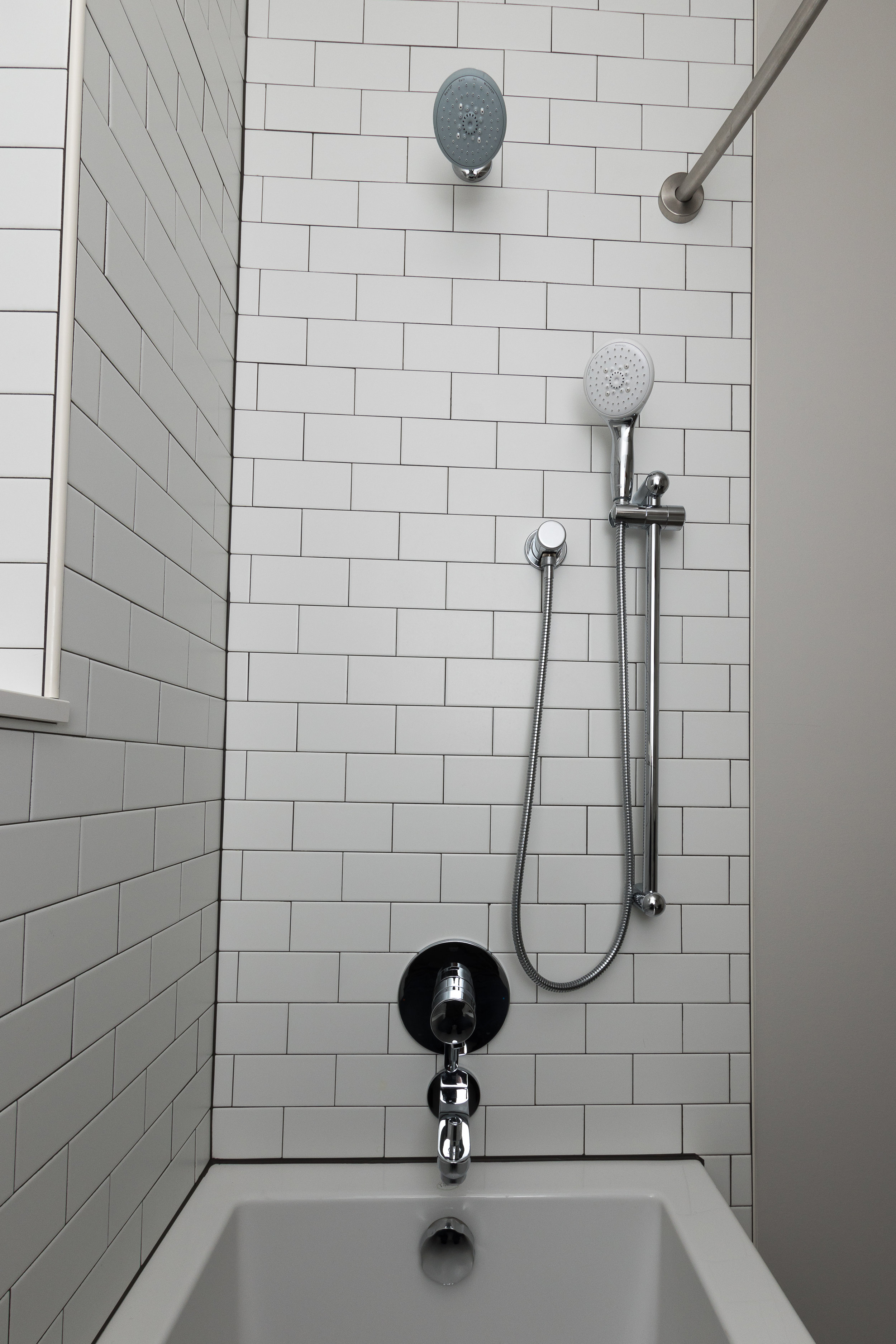 shower and tub faucet.jpg