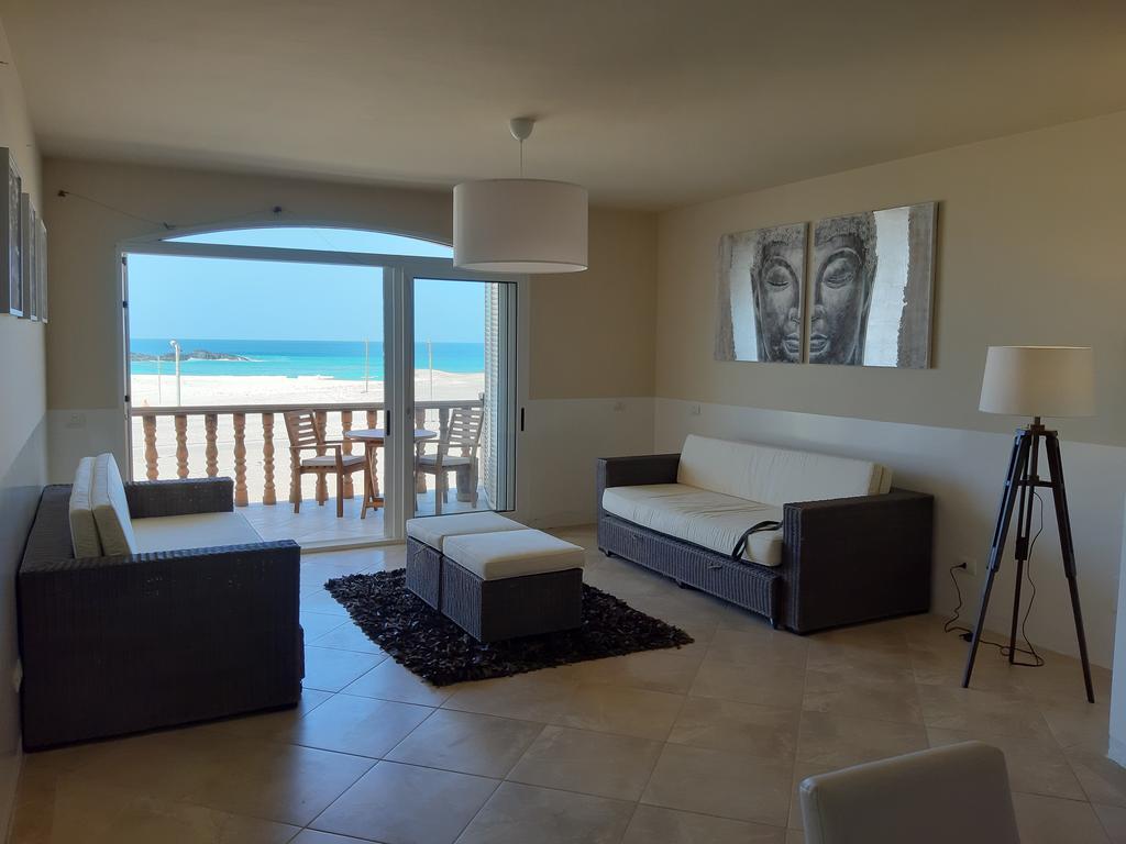 Budget and Luxury accommodations in Sal Rei on Boa Vista in Cape Verde - Morabeza Kitesurfing 16.jpg