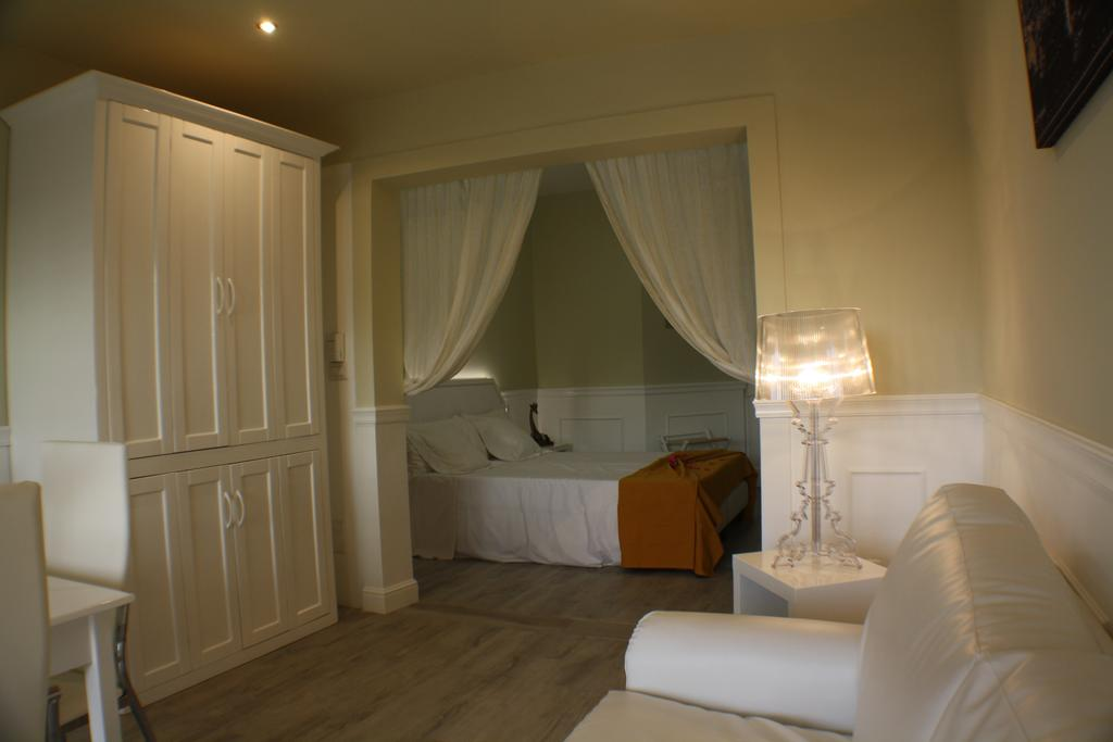 Budget and Luxury accommodations in Sal Rei on Boa Vista in Cape Verde - Morabeza Kitesurfing 17.jpg