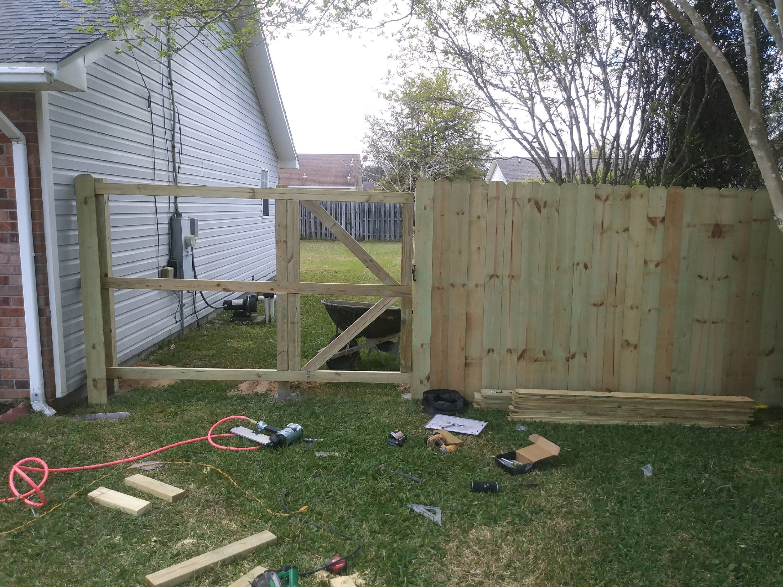 fences bowien navarre before.jpg