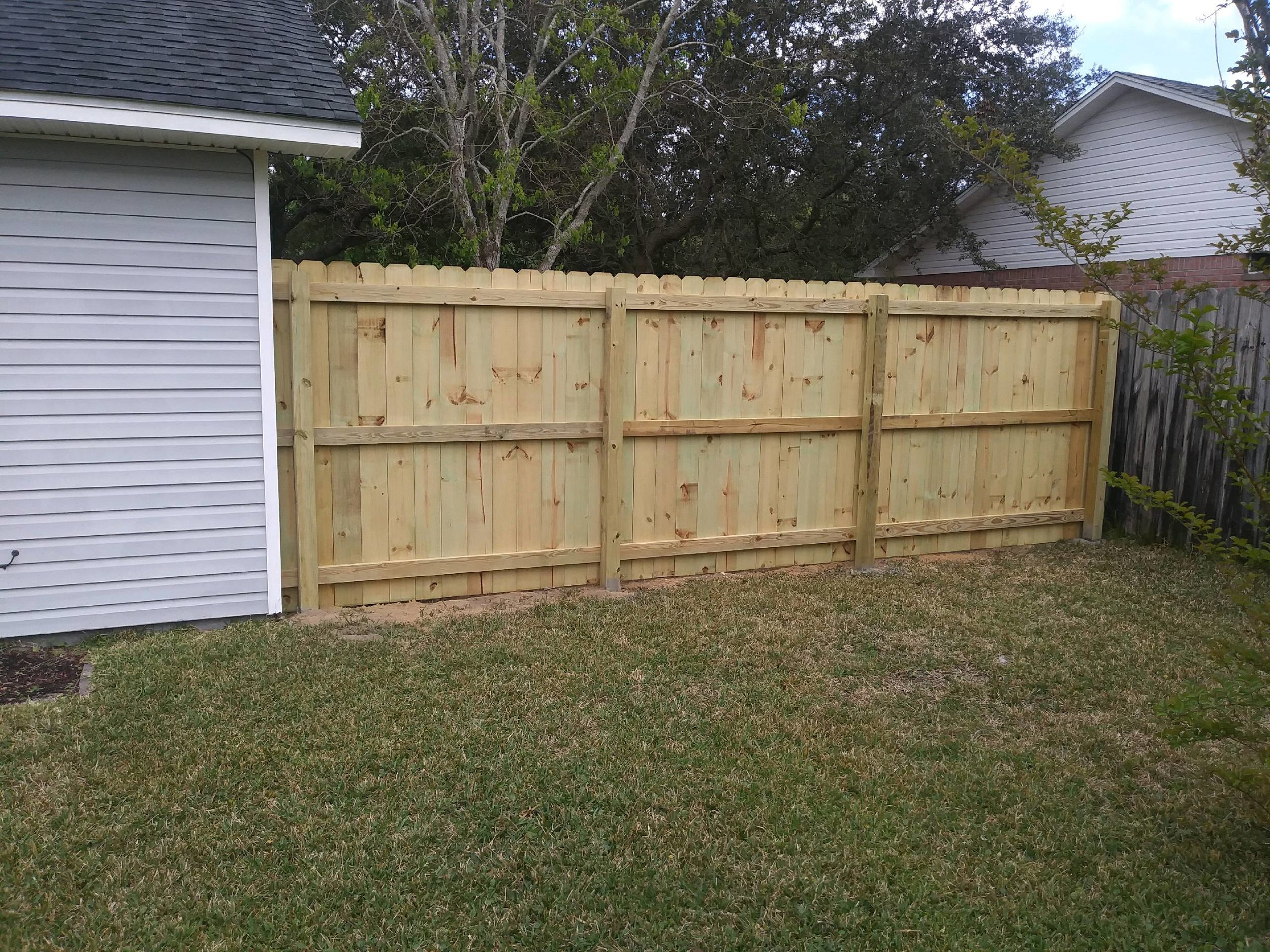 fences navarre bowien.jpg