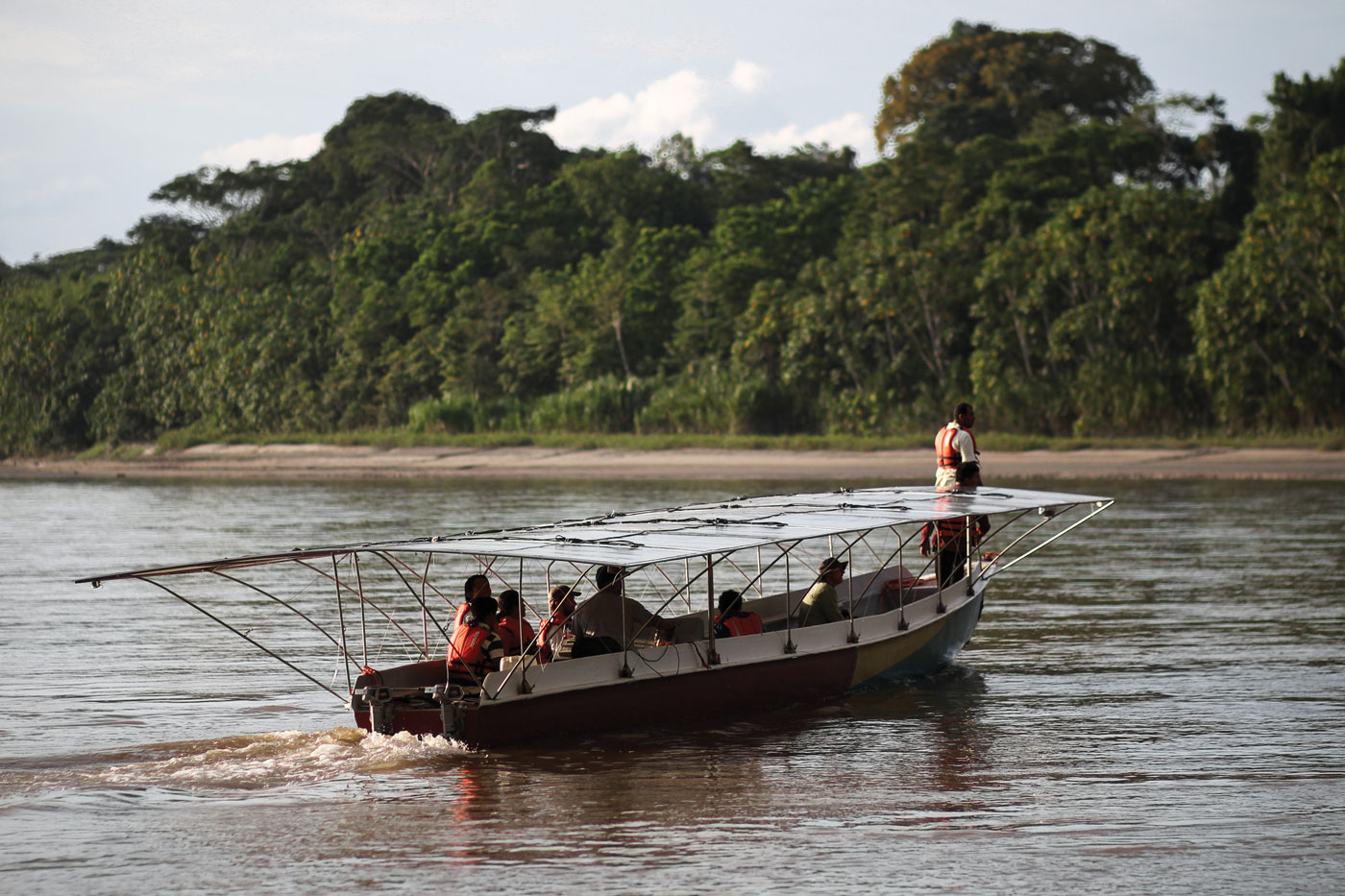 #Amazon2030 Initiative - Replicate community solar energy systems regionally and across the Amazon River Basin