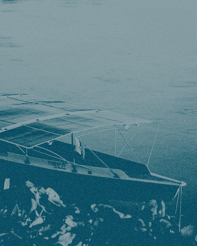 9 Boats -