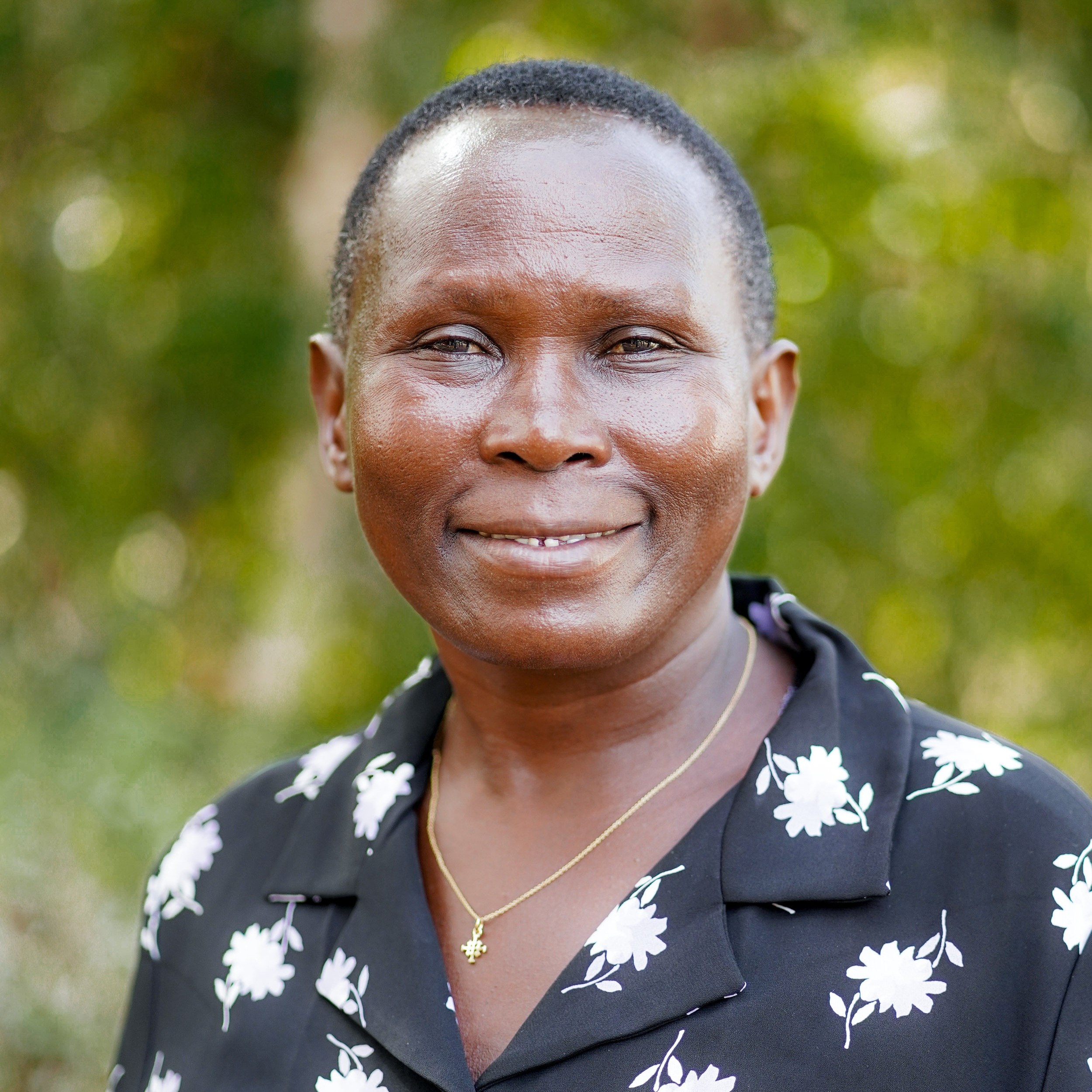 charity ampaireprogram assistant, holistic wellness support - Charity joined Akola in 2010 after working as a housewife for 20 years and supporting her family financially working in small-scale agricultural activities. After being a jewelry producer for two years, she now organizes and leads weekly fellowship groups with a peer leaders. Charity is a wife and a proud mother of four sons. She attaches great value in education and this motivated her to start a village school.