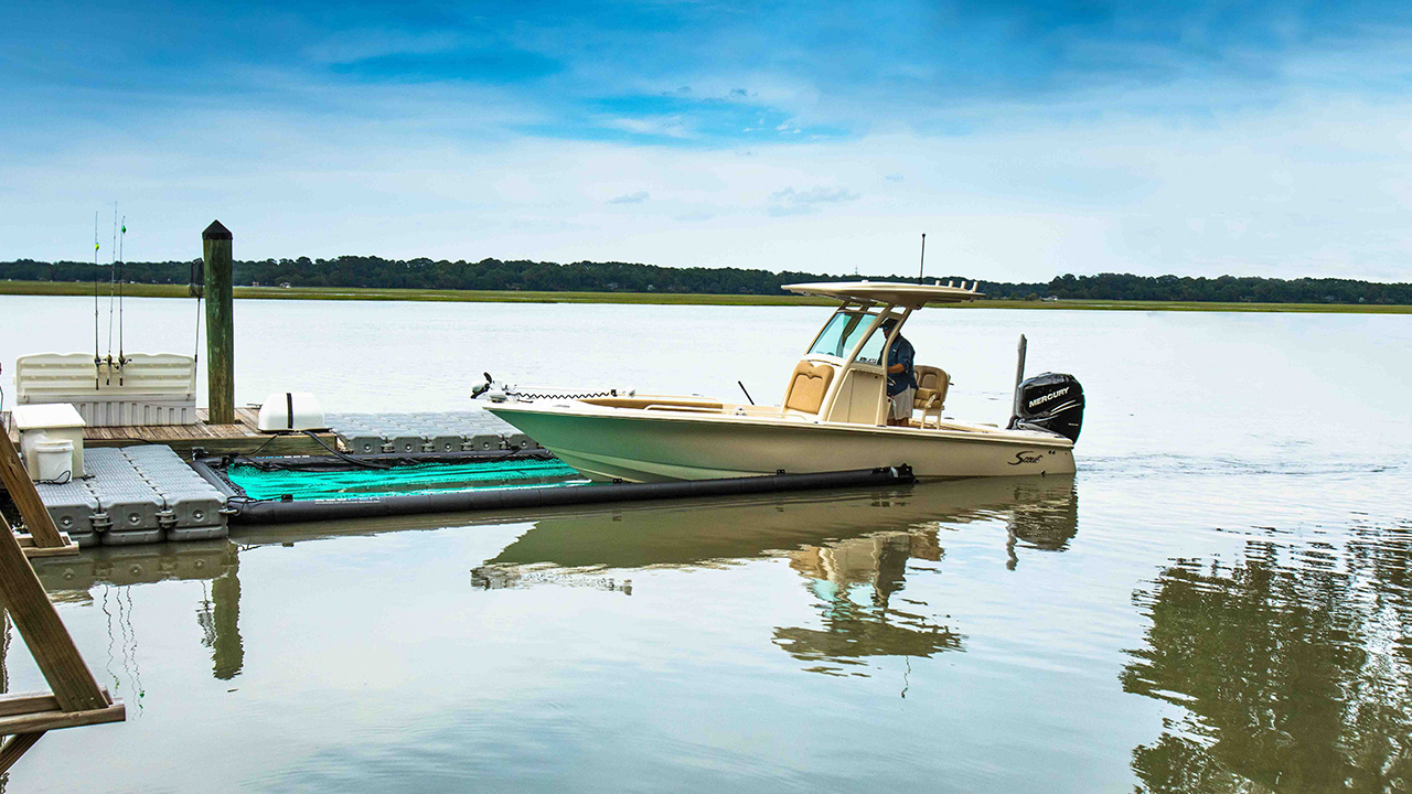 Glide in, glide out - Dock or launch in minutes. With the touch of a button, the rear gate drops down to get you out on the water. Heading home? Just pull into your SeaPen, activate the gate, and the automatic bilge pump takes care of the rest.